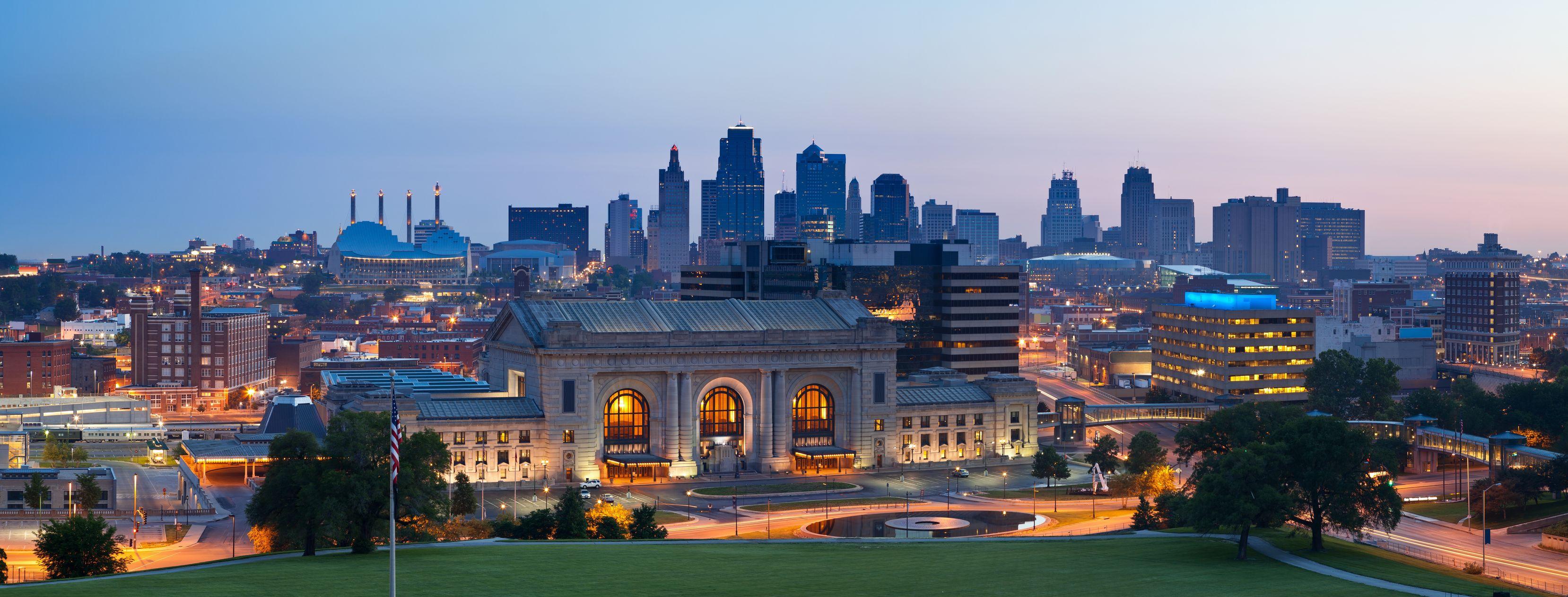 Kansas City Celebrates Life, W...