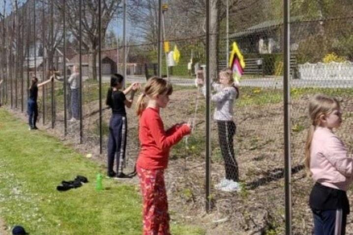 children social distancing in Denmark